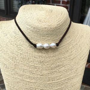 Jewelry - Jewelry Junkie- Pearl Leather Choker Necklace